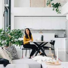 A row house built in the late in Herttoniemi, Helsinki includes a home whose residents shun conventional solutions. My Home Design, House Design, Design Homes, Cool Room Designs, Light Colored Wood, Old Cottage, Small Tray, Old Kitchen, House Built
