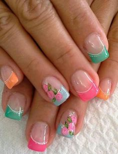 Colorful flower nail art design ideas for summer, short nails