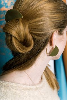 Love hoops? Try a new variation – brass semi-circles, with a hairpin to match. #EtsyJewelry
