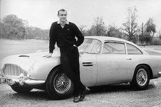 Thunderball e Goldfinger: Aston Martin DB5