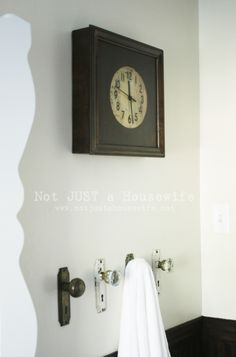 doornobs for towel racks.  I like it! Might have to add to honeydo list