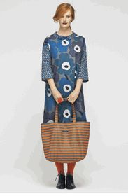 can´t go wrong with marimekko Marimekko Dress, Textiles, Looks Cool, Mode Inspiration, Fashion Outfits, Womens Fashion, Fabric Design, Marie, What To Wear