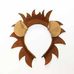 Lion ears and mane headband birthday party favors supplies Halloween Costume hat kid children child children adult baby king jungle animal - Make your head the mane event with this roar-worthy headband These are made with a headband and la - # King Birthday, Safari Birthday Party, Jungle Party, Birthday Party Invitations, Birthday Party Decorations, Birthday Parties, Baby Birthday, Birthday Ideas, Halloween Costume Hats