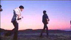 Vampire Weekend - Oxford Comma - YouTube