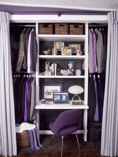 Office in a Closet - Home Trends Magazine
