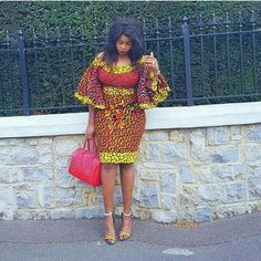 The right picture collection of 2018 latest ankara styles for ladies. Every woman deserves to rock the latest ankara styles of 2018 Short African Dresses, Latest African Fashion Dresses, African Print Dresses, African Print Fashion, Africa Fashion, Fashion Prints, Ghana Fashion, Short Gowns, Fashion Patterns