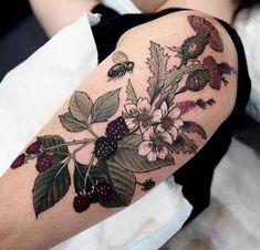 Körper – Tattoos – Sophia Baughan Blumentattoo Ink On Your Flesh - flower tattoos Körper Tattoos Sophia Baughan Blumentattoo Ink On Your Flesh 2017 Trend Body - Tattoos - Sophia Baughan Blumentattoo flower tattoos - small flower tattoos - flow Lotusblume Tattoo, Paar Tattoo, Body Art Tattoos, New Tattoos, Sleeve Tattoos, Nature Tattoos, Small Flower Tattoos, Flower Tattoo Designs, Small Tattoos