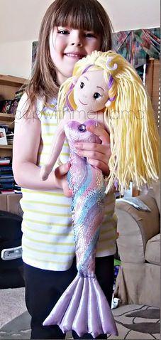 SO CUTE! ..sea sparkle mermaid doll! DIY Doll Hairstyle. diy dolls.