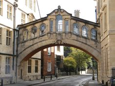 "Hertford Bridge (the ""Bridge of Sighs""), a skyway joining two parts of Hertford College over New College Lane in Oxford, England"