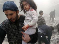 写真で見るニュース - ウォール・ストリート・ジャーナル Syrian Children, A Level Photography, Blue Fruits, Obama Administration, Global News, Wall Street Journal, Photojournalism, Big Picture, 4 Years