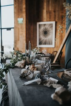 Getting some earthy vibes from these rock + crystal centerpieces | Image byJonnie + Garrett