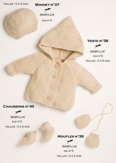 Modèles tricotés dans la laine CHEVAL BLANC. Qualité : BABYLUX