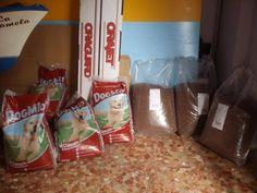 AURORA - 17-12-2015  4 zakken á 12 kg, totaal 48 kg honden voer. 3 zakken á 20 kg, totaal 60 kg katten voer  Totaal bedrag € 111,93 -