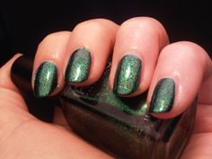 Kiko Pearly Amazon Green http://penguinlacquer.blogspot.de/2014/05/amazonas-grun.html #nails #notd
