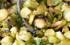 Repollitos de bruselas al ajo (Garlic brussels col) #Recetas #Recipes http://www.srecepty.es/repollitos-de-brusela-al-ajo