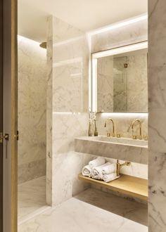Bathroom styling - Almanac Barcelona, Barcelona, 2017 OAB Office of Architecture in Barcelona Contemporary Bathroom Designs, Bathroom Design Luxury, Modern Luxury Bathroom, Bad Inspiration, Bathroom Inspiration, Luxury Homes Interior, Home Interior Design, Interior Livingroom, Dream Bathrooms