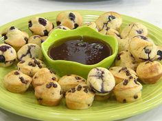 The muffin pancake! Ree Drummond pioneers a delicious, easy-to-make breakfast