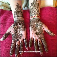 Mahendi ces by Shivani Bridal Henna Services in toronto Brampton Mississauga Mehndi Artist in toronto brampton Henna Party Mehendi Party Heena Art By Shivani night traditional arabic designs Wedding mehndi lady sell rajasthani henna powder Peacock Mehndi Designs, Mehndi Designs For Girls, Modern Mehndi Designs, Dulhan Mehndi Designs, Mehndi Design Pictures, Wedding Mehndi Designs, Mehndi Designs For Fingers, Beautiful Henna Designs, Latest Mehndi Designs