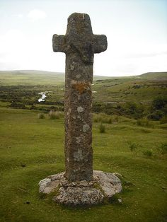 Cadover Cross ~ Google Image Result for http://upload.wikimedia.org/wikipedia/commons/thumb/f/f7/Cadover_Cross_(portrait).JPG/450px-Cadover_Cross_(portrait).JPG