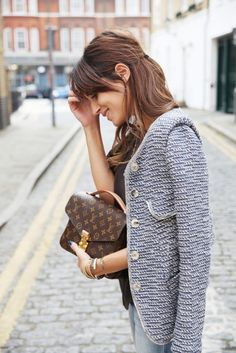 Alexa Chung with her Louis Vuitton bag www.CheapDesignerHub.com NEW 2013 LV handbags online outlet, wholesale PRADA tote online store, fast delivery cheap LOUIS VUITTON handbags Gala Gonzalez, Pochette Louis Vuitton, Louis Vuitton Handbags, Vuitton Bag, Lv Handbags, Designer Handbags, Chloe Handbags, Trendy Handbags, Leather Handbags