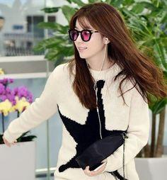 20161006 at Gimhae airport #hanhyojoo #한효주 #beautiful #ohyeonjoo #오연주 #airport #glasses #hair #fashion #style #stylish #beauty #pretty #cute #girls #cool #gorgeous #trend #fashionista #인스타그램 #스타일 #모델 #배우 #아름답다 #예쁘다