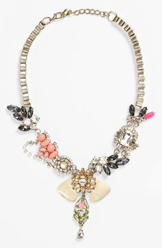 Vintage glam statement necklace with crystals
