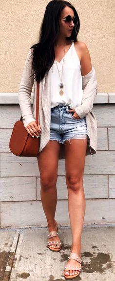 #Summer #Outfits / Beige Sandals + Denim Short Shorts
