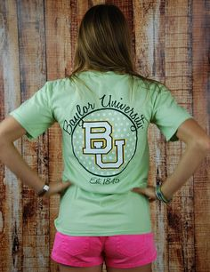 You know you want to tailgate in this awesome Baylor University t-shirt? Who wouldn't want to rep the best team around with this great tee!