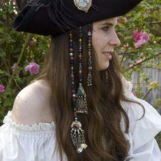 Medium Pirate Hair Jewels Halloween Costume by CrystalKittyCat Pirate Wench Costume, Pirate Garb, Queen Costume, Pirate Costumes, Renaissance Pirate, Renaissance Fair, Hair Rat, Pirate Jewelry, Cyberpunk