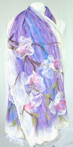 lilac & white scarf shawl merino silk 5/50 Hand von FleeceFashion, $78.89