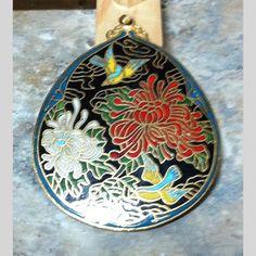 pre-owned pendant birds teardrop costume jewelry CHINESE oriental Cloisonne floral | Scott's Marketplace