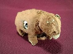 VINTAGE TIN WIND UP BEAR MADE FROM SCHLITZ BEER CAN - JAPAN? TOY