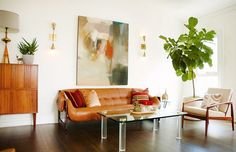 Home Tour: A Designer's Own Soft Midcentury Home via @mydomaine