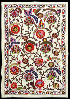 This is an Uzbek-Ottoman silk hand embroidered Suzani. It has a pattern typical for old Ottoman Turkish embroidery. It is almost entirely filled with beautiful embroidery. Embroidery Patterns Free, Textile Patterns, Textile Prints, Textile Art, Cross Stitch Patterns, Print Patterns, Silk Ribbon Embroidery, Hand Embroidery, Motif Oriental