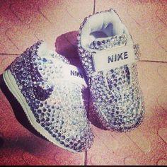 WNSSSSSSSSSBaby Nikes