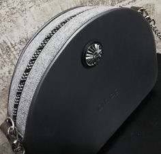 Obag moon light graphite in grey and silver 0 Bag, Graphite, Moonlight, Silver, Fashion, Bags, Graffiti, Moda, Fashion Styles