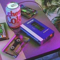 Image discovered by Monica. Find images and videos about vintage, aesthetic and retro on We Heart It - the app to get lost in what you love. Vaporwave, Purple Aesthetic, Aesthetic Vintage, Retro Game, New Retro Wave, Retro Wallpaper, Music Wallpaper, Screen Wallpaper, Wallpaper Quotes