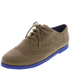 Look trendy and modern with these oxfords!