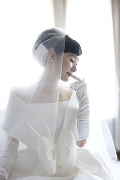ウエディングドレス♡エマリーエ・モードな写真アルバムを創るファッションデザイナー♬