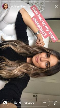 Golden Blonde Balayage for Straight Hair - Honey Blonde Hair Inspiration - The Trending Hairstyle Medium Blonde Hair, Honey Blonde Hair, Brunette Hair, Brunette Blue Eyes, Hair Color Balayage, Hair Highlights, Bronde Balayage, Bayalage, Ombre Hair Color