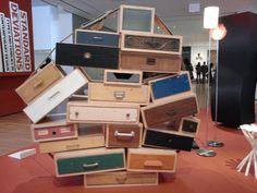 Ska fixa -Släng inga lådor, ge dom till mej ;-) (fotat på MoMa)