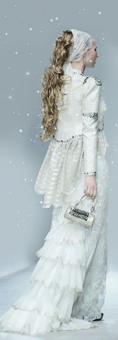Wedding Gowns from Firdaws Laura & Medni by Andrea A Elisabeth Designs via ~ VoyageVisuel ✿⊱╮ Bridal Gowns, Wedding Gowns, White Gowns, Snow Queen, Shades Of White, Wedding Wishes, Winter White, Snow White, White Fashion