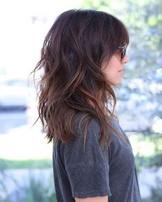 Shoulder Length Layered Hairstyle lange frisuren 60 Most Beneficial Haircuts for Thick Hair of Any Length Haircuts For Long Hair With Layers, Medium Length Hair Cuts With Layers, Medium Layered Haircuts, Haircut For Thick Hair, Medium Hair Cuts, Long Hair Cuts, Thick Haircuts, Thin Hair, Hair Layers