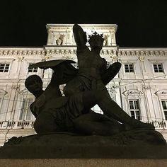 Presenta  FOTO DI  @crisbarberis  L U O G O   La statua di Amedeo VI di Savoia detto il Conte Verde in Piazza Palazzo di Città  L O C A L  M A N A G E R   @emil_io @giuliano_abate T A G    #torino #ig_turin #ig_turin_ #ig_torino M A I L   igworldclub@gmail.com S O C I A L   Facebook  Twitter  Snapchat M E M B E R S   @igworldclub_officialaccount @igworldclub_thematic C O U N T R Y  R E Q U I R E D   Se pensi di poter dedicare del tempo alla nostra community e vuoi entrare a farne parte vai…