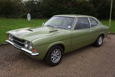 1971 Ford Cortina GT Savage Classic Mercedes, Ford Classic Cars, Ford Motor Company, Retro Cars, Vintage Cars, Car Station, Ford Sierra, Classic Motors, Ford Escort