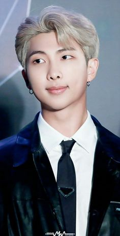 Cre: the owner/as logo Kim Namjoon, Kim Taehyung, Seokjin, Jimin, Bts Bangtan Boy, Mixtape, Bts Rap Monster, Foto Bts, K Pop