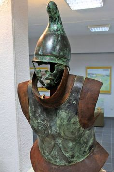 """Thracian armament exhibited in the Historical Museum """"Iskra"""" Kazanlak Ancient Armor, Medieval Armor, Iron Age, European Tribes, Greek Soldier, Classical Greece, Greek Warrior, Alexander The Great, Rome"""