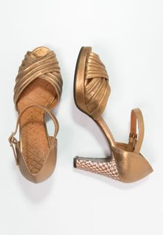 Chie Mihara High heels - metal oro for £179.99 (24/09/16) with free delivery at Zalando