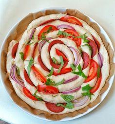 Fyllt bröd- Focacciasnurra Raw Food Recipes, Vegetarian Recipes, Vegan Party Food, Zeina, Food Photography Tips, Lunch Snacks, Ciabatta, Foods To Eat, Vegan Baking