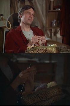 Hawkeye Pierce knitting - M*A*S*H